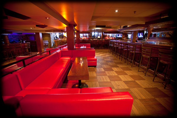 Winnie S Bar Bar Montreal