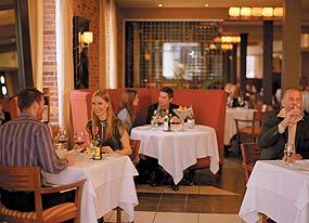 Verses bar montreal for Equipement de restaurant montreal